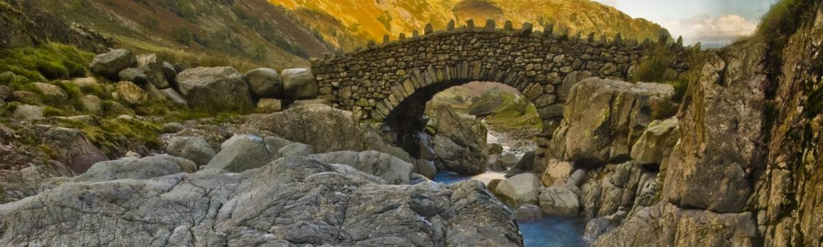 Stockley Bridge on the rooute from Langdale to Borrowdale - photo by Dave Willis